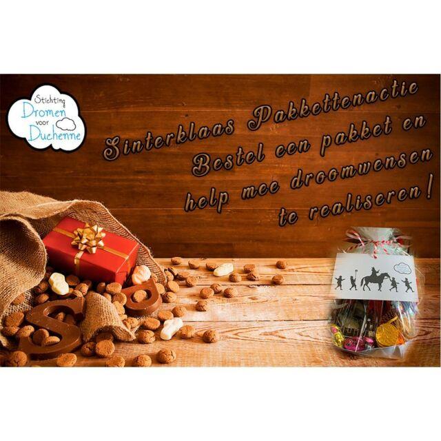 Sinterklaas actie 2021 Wil jij onze stichting ondersteunen en tegelijkertijd lekker smullen bij het heerlijke avondje 5 december?  Wij hebben een leuke Sinterklaas actie bedacht. 🎁  Sponsor onze stichting voor minimaal € 20 en ontvang een heerlijk smulpakket met diverse heerlijkheden.  Uiteraard komt het allemaal ten goede van onze stichting en kunnen we met jullie bijdrage een hoop mooie droomwensen realiseren.☁️  We verwachten de Sint omstreeks 14 november, maar de pakketten zijn vanaf heden verkrijgbaar. Ze zijn op te halen op afspraak bij de stichting, in overleg brengen we ze aan huis (afhankelijk van de afstand) of ze kunnen opgestuurd worden.  Wil je een pakket stuur dan even een berichtje via e-mail, Facebook, Instagram of WhatsApp, dan sturen we een bevestiging met een betaalverzoek om het bedrag naar keuze vanaf € 20 te voldoen.  #sinterklaas2021 #heerlijkavondje #duchenne #smullen #smulpakket #kruidnoten #speculaaspop #chocoladeletter #suikergoed #droomwensen #goededoel #charity